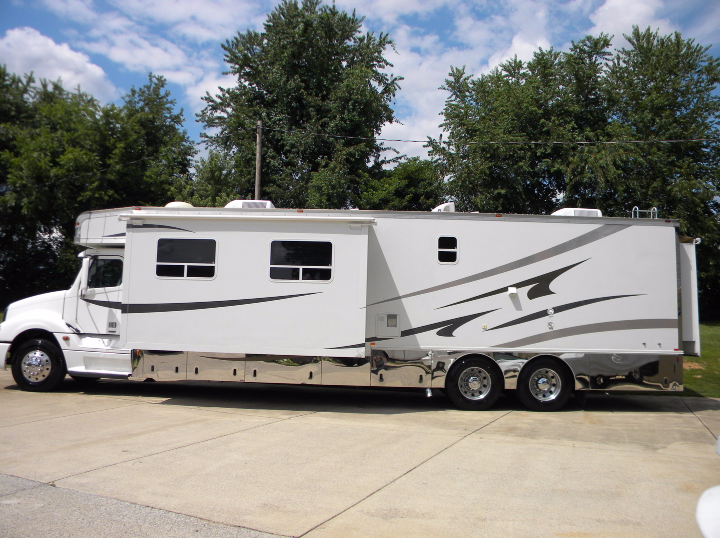 Two Bedroom Rv Motorhome 28 Images 2 Bedroom Rv Autos Post Two Bedroom Fifth Wheel Rooms